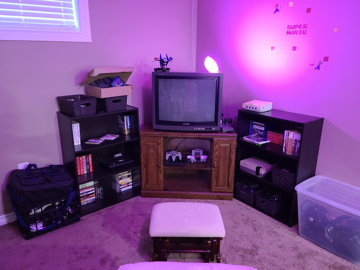 My #RetroGaming corner is in dire need of an overhaul... Would anyone be interested in a video series on this? I could also use some IDEAS... Please let me know what you think.  #videogames #RetroGames #gaming #gamers #gamingcommunity #GamingSetup https://t.co/mQTZhm96Iw