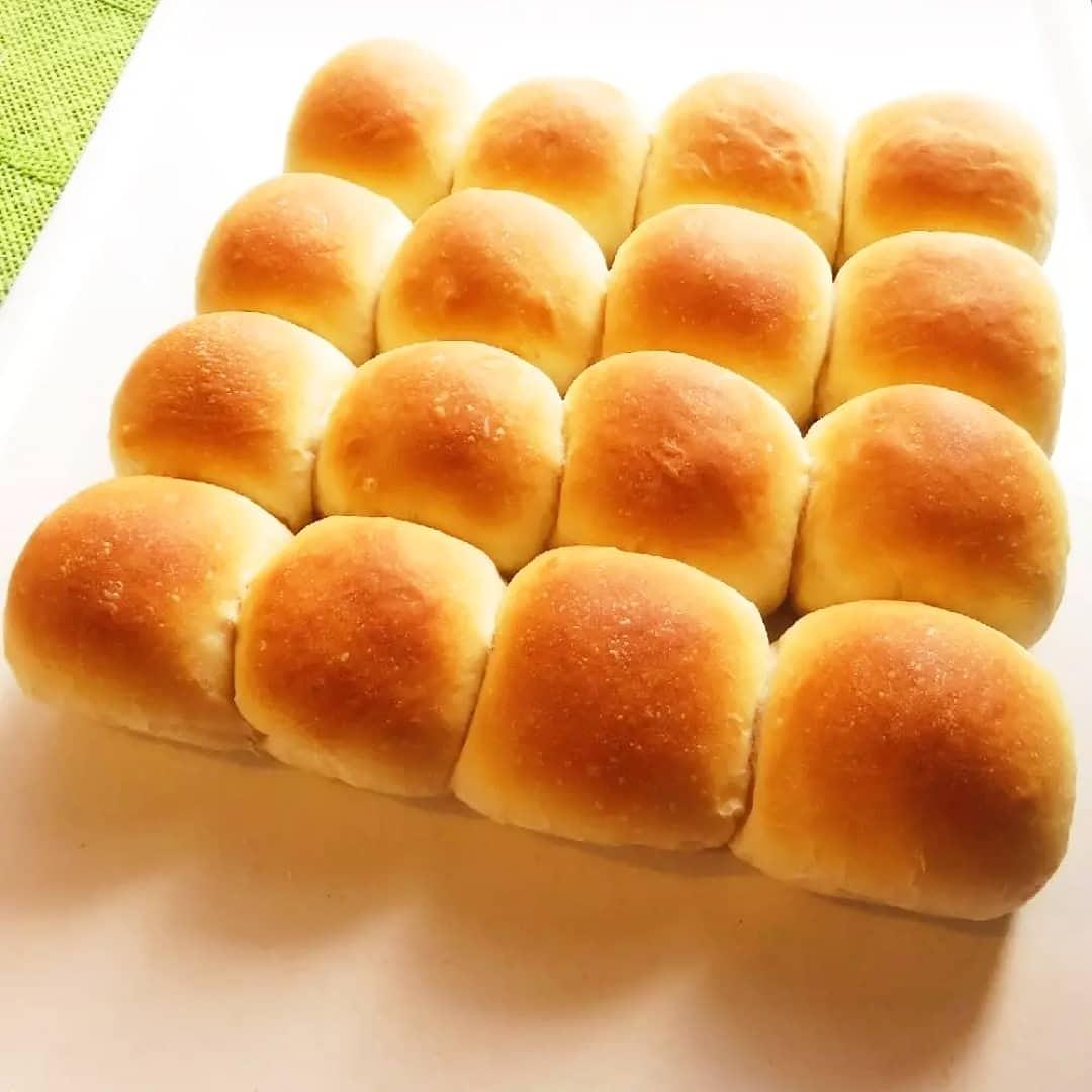 クックパッドで公開している私のレシピをご紹介♪☺簡単♪ふわふわ&モチモチちぎりパン☺ by hirokoh 簡単に作れるふわモチなちぎりぱんです😃#料理好きな人と繋がりたい#Twitter家庭料理部#お腹ペコリン部#おうちごはん#クックパッド#cookpad  #パン#手作りパン