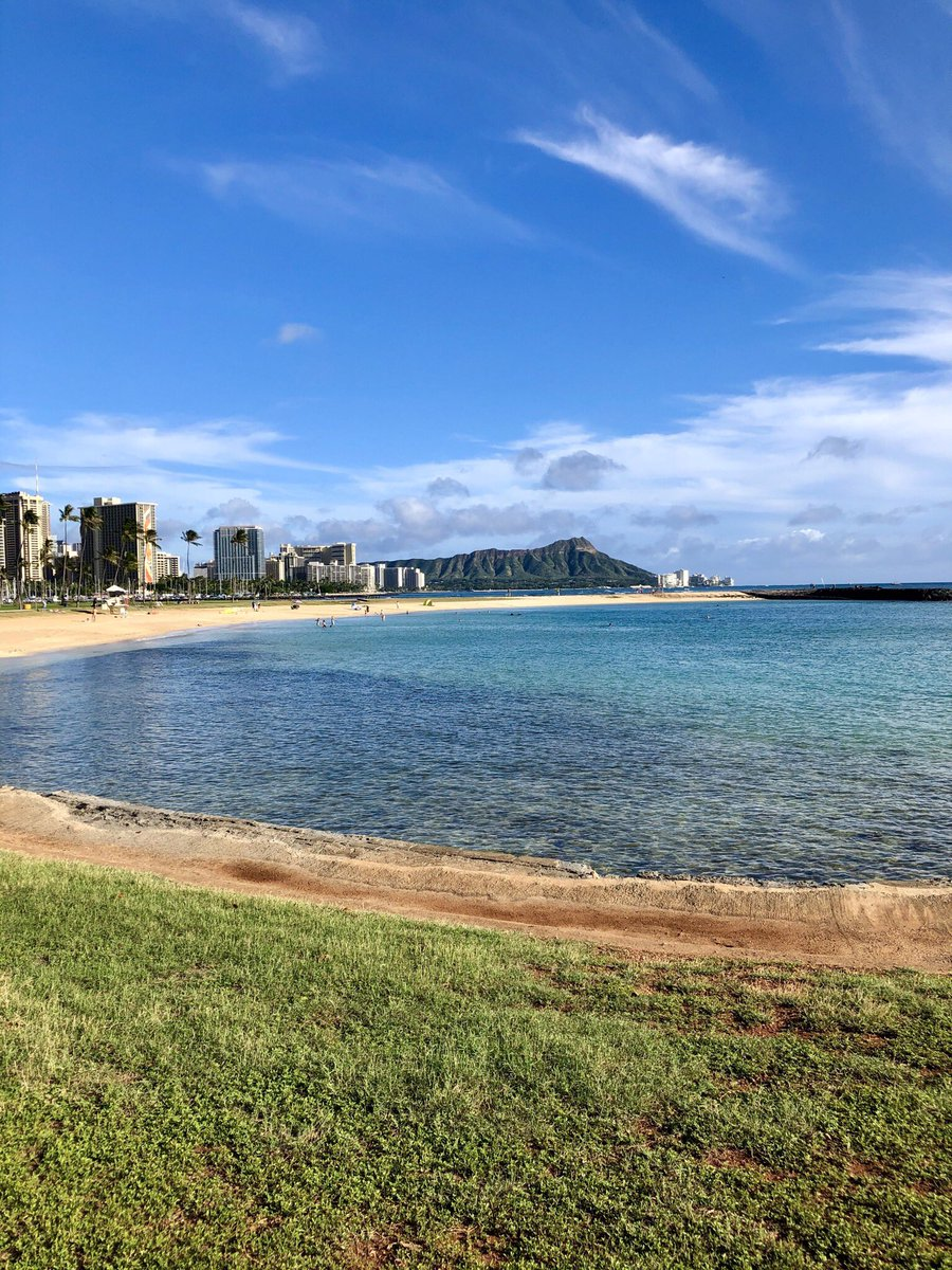 Magic Island on Oahu 💚  #Hawaii #Oahu #MagicIsland #hawaiian #Honolulu #Waikiki #Diamondhead https://t.co/EMuvlyHT1X