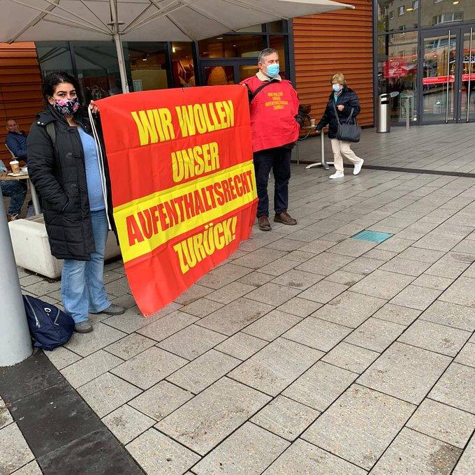 19 Ekim Pazartesi Leverkusen Yabancılar Dairesi Önündeydik