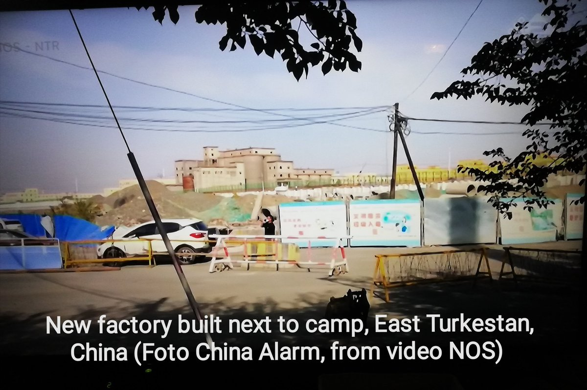 """#DutchDocumentary about #EastTurkestan  #SjourdDenDaas in #Xinjiang looking for #camps  Fotos (60+) of video #NOS, English text  Filming allowed but message is """"fu.. up!""""  Foto of new #factory built next to #camp  Interesting remarks by people filmed...   https://t.co/1KoMalR7Sj https://t.co/Jf2gQWhsAM"""