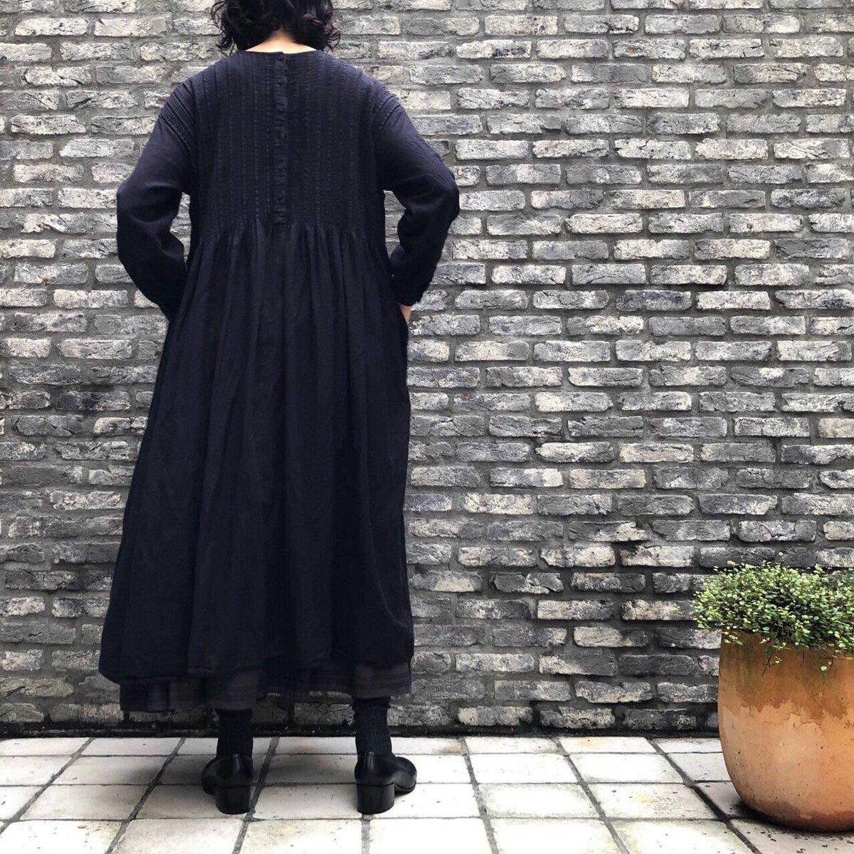 2020.10.20(Tue) ~TWILL COTTON KHADI~  人気のTWILL COTTON KHADIにブラックが追加入荷いたします‼︎ 今回はニュアンスの違うブラック2色をご用意しております。  10月末頃に恵比寿・丸の内の各店舗で販売となります☺︎  #maisondesoil #tokyo #ebisu #marunouchi #india #cotton #khadi #black https://t.co/21f6TClC3Q