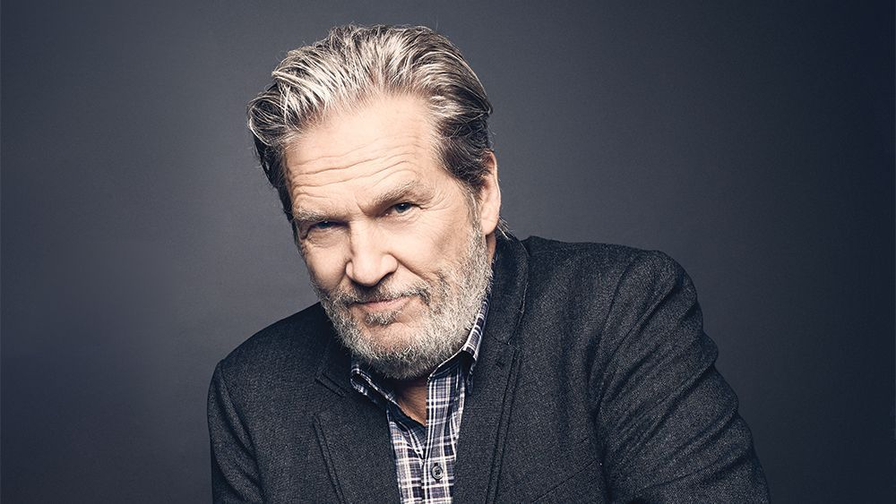 "Actor Jeff Bridges announced on Twitter Monday afternoon that he has been diagnosed with lymphoma. He started his post off with a reference to ""The Big Lebowski,"" writing: As the Dude would say.. New S**T has come to light. yhoo.it/34aUXVQ"