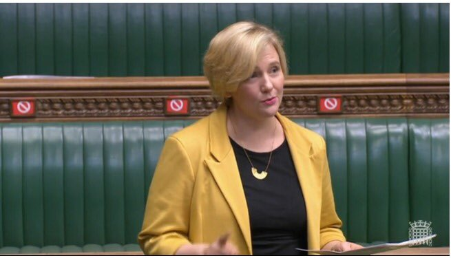 Fantastic speech by @StellaCreasy introducing the Equal Pay Implemetation & Claims Bill into Parliament. The Bill seeks an end to pay discrimination by giving women the #RightToKnow. And it's been given leave to proceed!