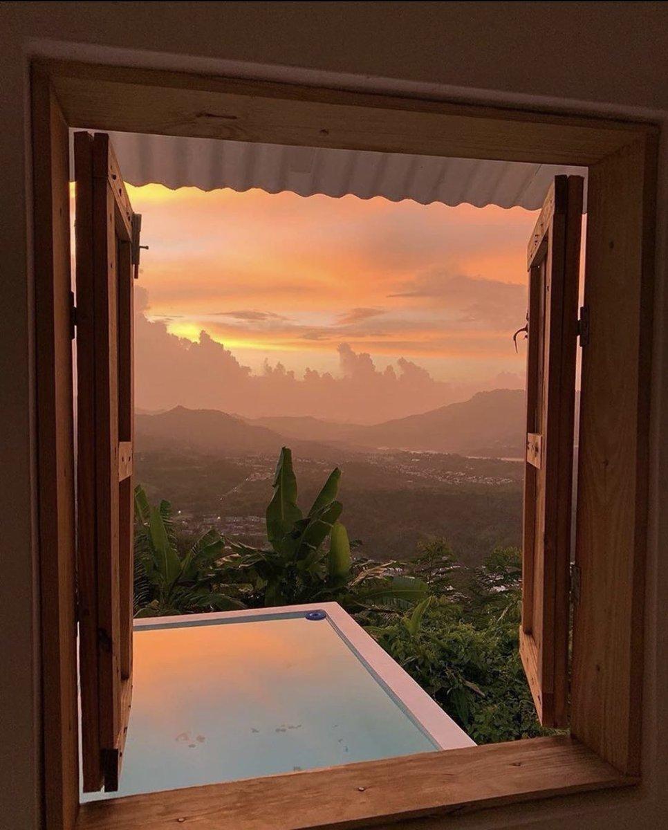 📍Rancho La Terapia, Puerto Rico 🇵🇷 (via rcroldos)  #puertoRico #sunrise #heaven #nature #peace #villalba #wallpaper #sun #sunset #goodmorning #sky https://t.co/iawvzeEUwZ