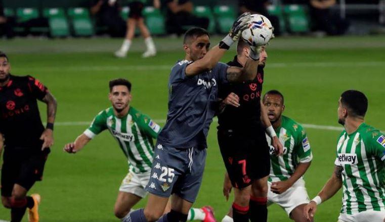 Revelan nueva imagen del gol anulado al Betis por el VAR que enciende la polémica en España https://t.co/n1x4aH9YI5 https://t.co/aURsmQ8bBp
