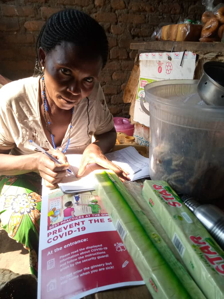 To help prevent the spread of COVID-19, @cottonmadeinafrica and Aid by Trade Foundation have teamed up with Western Uganda Cotton Company to distribute soap and posters to farming communities in Kasese, Uganda. #preventioniskey #covid19support