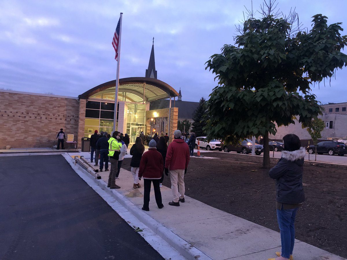 People in Wisconsin are having to balance COVID safety and voting duty maybe more than anyone as the pandemic continues to hit the state hard. Even still, on this first day of early voting people lined up before the doors even opened to make sure their voices would be heard. https://t.co/2KQNOxp2Vr