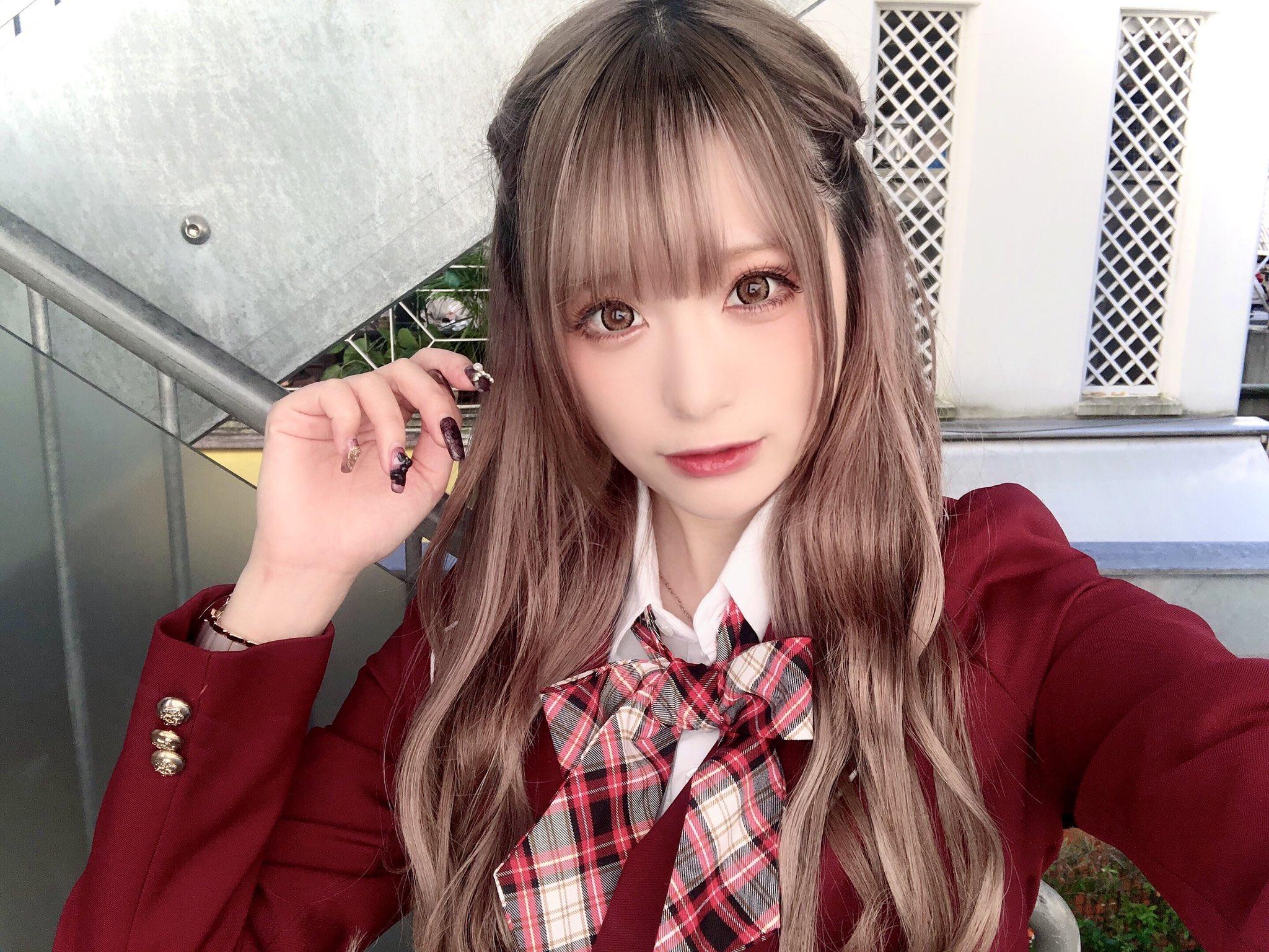 JK高中格子裙制服美少女
