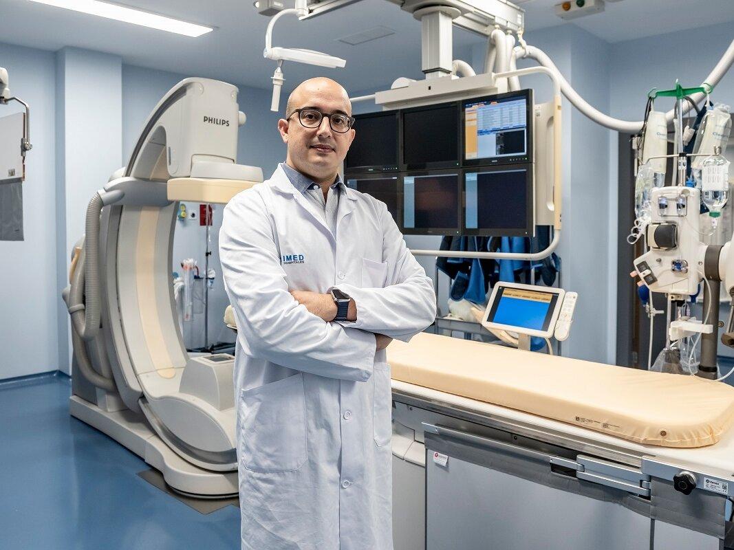 ✅Descubre las ventajas de La Unidad de Técnicas Mínimamente Invasivas para el Tratamiento del Dolor (#UTEMI) 💥de @IMEDHospitales frente a la #cirugía convencional.  👨⚕️Nos lo explica el Dr. Cifrián, director de UTEMI🏥. https://t.co/ZGqEpL5iN0 https://t.co/Woz1hLBHxc