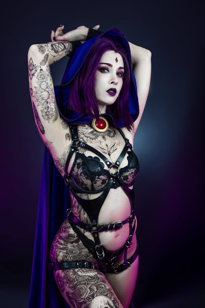 Raven IRL would 10/10 be tattooed 🖤