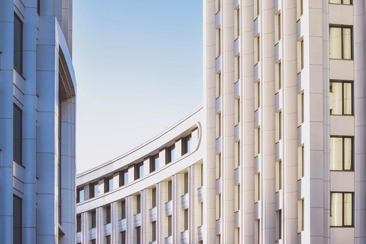 Состоялась стратегическая сессия «Умные города – индексы измерения цифровизации в мире и России» с участием представителей Минстроя России и Центра компетенций НТИ по большим данным на базе Национального центра цифровой экономики МГУ.  Подробнее: https://t.co/et4usdIJn5