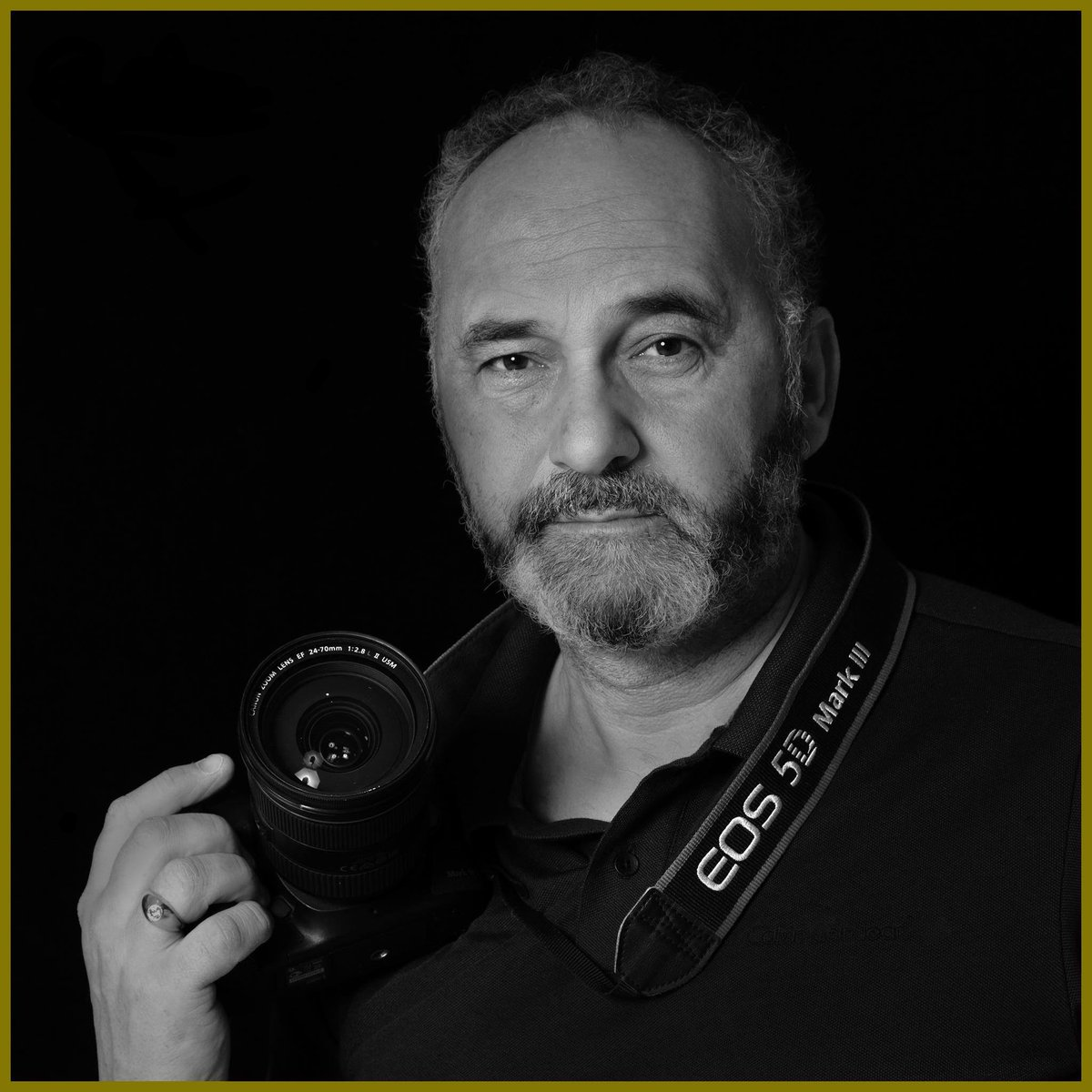 International photographer Gino Nalini is offering professional offsite photography to all our students and visitors. To book, contact us at https://t.co/i4rykoGbER #vocalcoach #singers #musicians #singinglessons #singing #singingwarmups #warmups #onlinelessons https://t.co/HEaojOc7K9