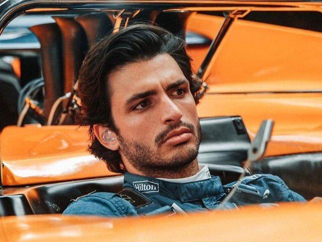 Carlos Sainz Jr.  #McLaren #F1 #Sainz https://t.co/ExZSJ69Vnz