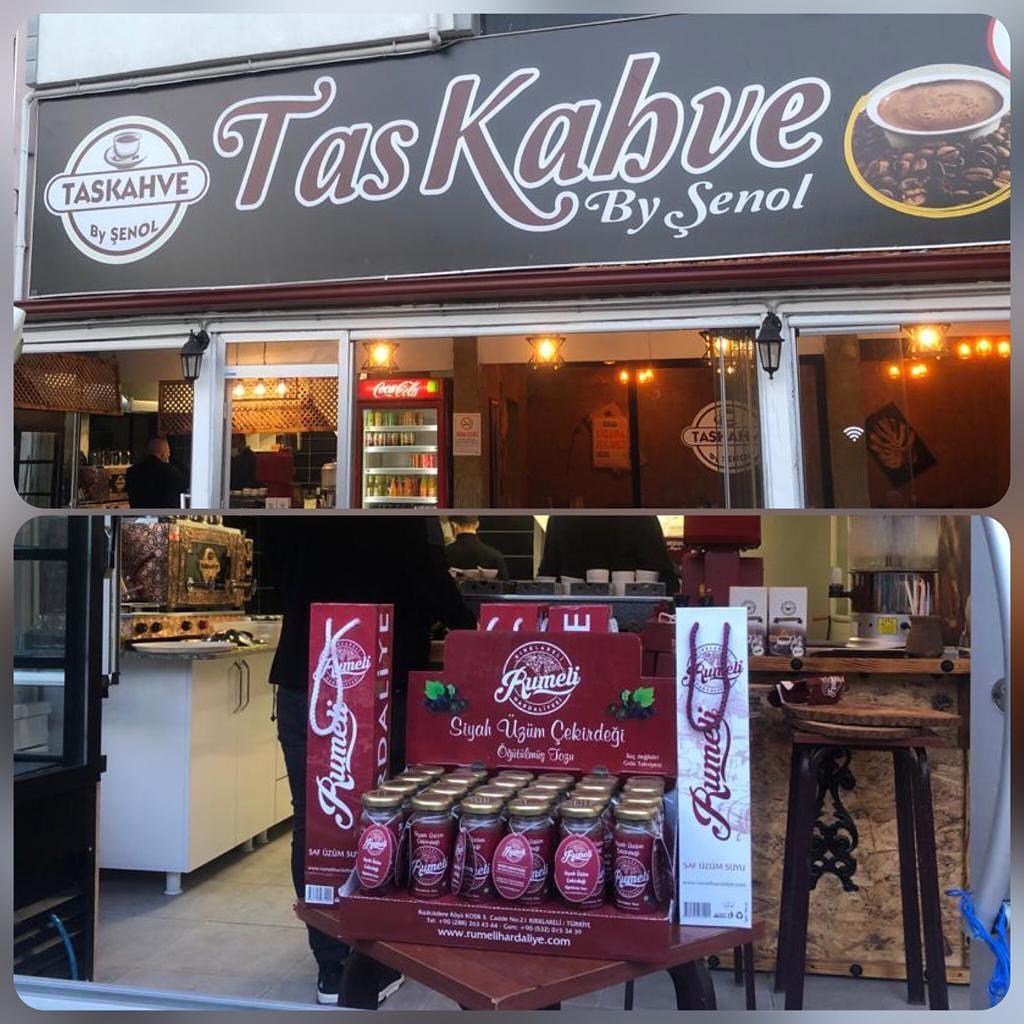 Rumeli Hardaliye Kırklareli Taş kahve'de!!!   🍇🍇🍇 #rumeli #hardaliye #kirklareli #üzümsuyu #trakya #milliiçecek #coğrafiişaret #coğrafiişaretliürünler #mahreçişareti #bağbozumu #food #üzüm #grape #Turkey #geleneksellezzetler #alkolsüz #milliiksirimiz #taşkahve https://t.co/qmDoim755L