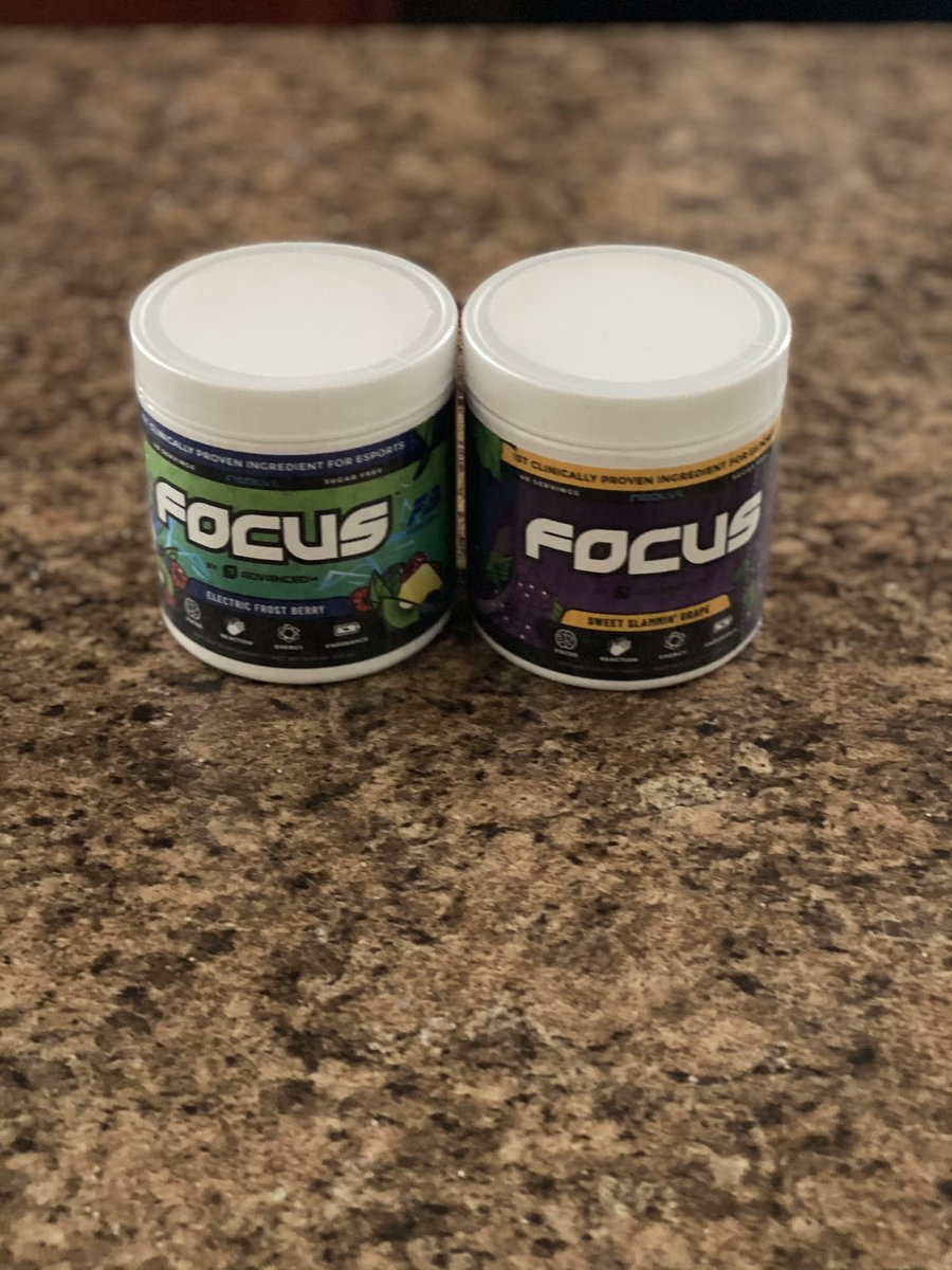 Got the new flavors from @ADVANCEDgg about to try this grape out right now I can't wait then I'm headed to the gym go get you some code kandi #ad #Focus #grape #berry https://t.co/Ci2rOzwKfu