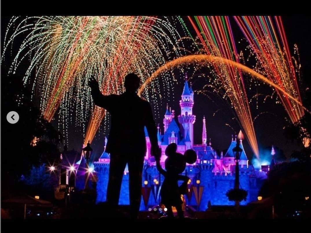 #Consultations to establish the largest amusement #park in the world #Disneyland in #SaudiArabia🇸🇦and specifically in the north of #Jeddah💞💞💞 #BoycottTurkey #boycottiran ⚔️🇸🇦⚔️🇸🇦⚔️🇸🇦⚔️🇸🇦⚔️🇸🇦⚔️🇸🇦⚔️ https://t.co/eZBWK3Rt0e