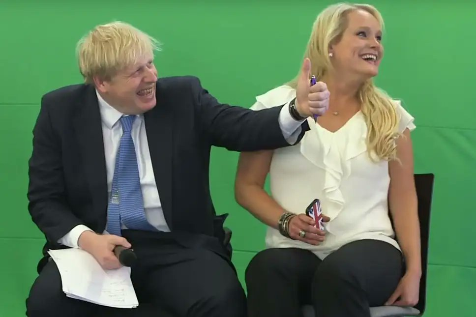 To put the extra grant to Manchester into perspective, it's 22 times the amount of public money Boris Johnson spent on 'IT lessons' with Jennifer Arcuri. #manchesterlockdown https://t.co/tgGaKu9L4d