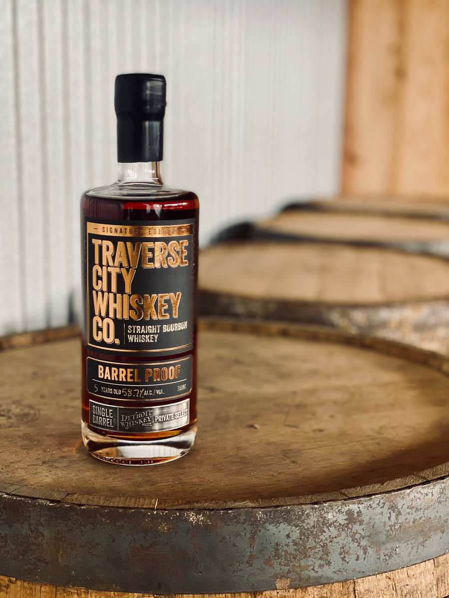 Great news! Our #BarrelPick from @TCWHISKEY has been bottled and should be shipped out this week! Barrel proof bottles can be purchased from @MugnJugLiquor as soon as they arrive! Stay tuned! #bourbon #detroit #whiskey #society #thisisthewhiskey #cheers 🥃 https://t.co/Dg6adpP2I8