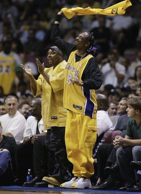 Happy birthday, Snoop Dogg! (2002)