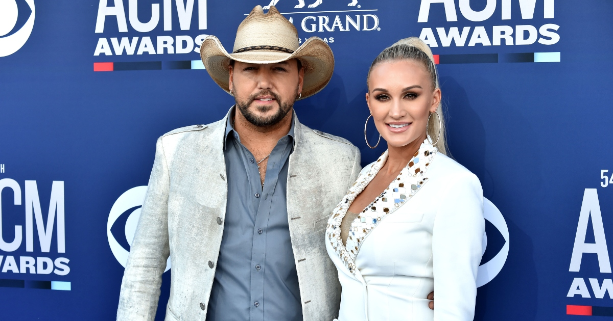 Jason and Brittany Aldean Snap Georgia vs. Alabama Game Day Photo, and They're on Opposing Sides:  https://t.co/u3gGhAxr8V https://t.co/zXrBiHvZgO