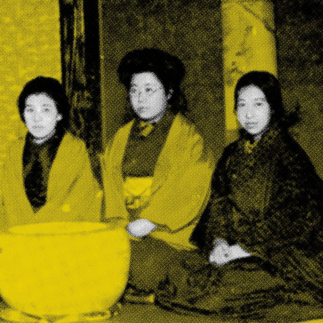 The latest #CHIMEZine includes a special section on Japan 🇯🇵 & a cover featuring the women of Bluestocking (Seitō), Japan's first feminist literary journal often credited with helping launch the country's feminist movement. Explore the Japan spotlight at .