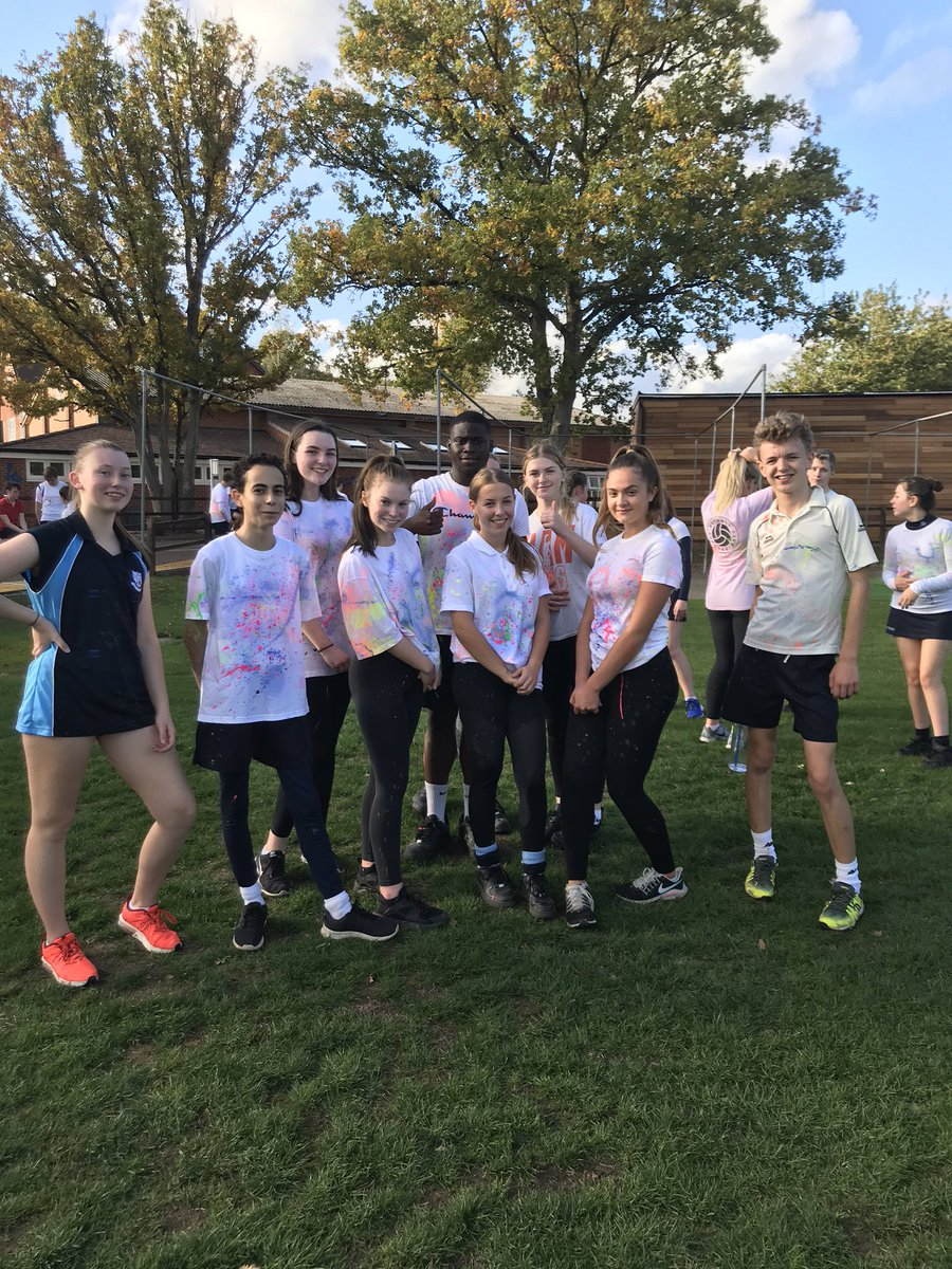 Year 11 loving life in the @HolmeGrange charity colour run this afternoon! #fundraiser #supportingothers https://t.co/kfnTiq59uD