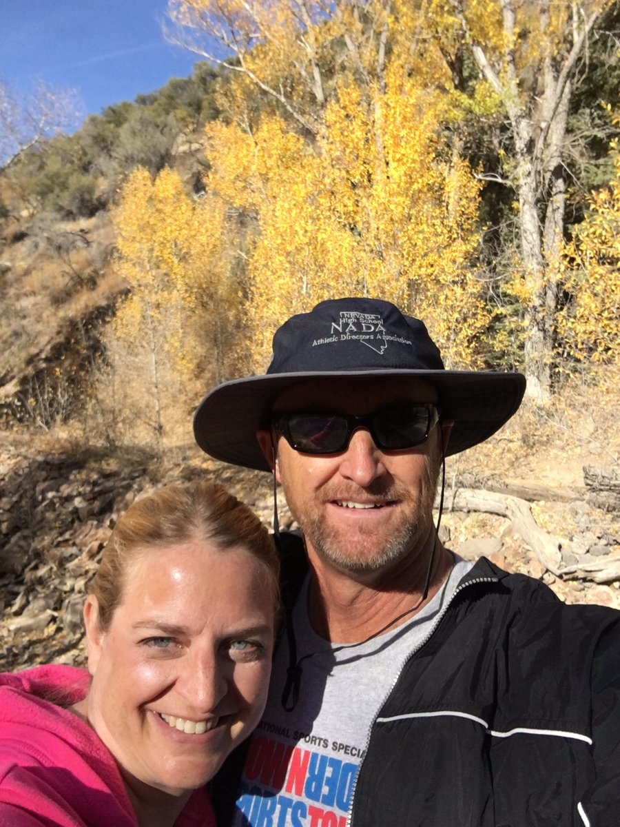 Last day of fall break finished off with a scenic hike.