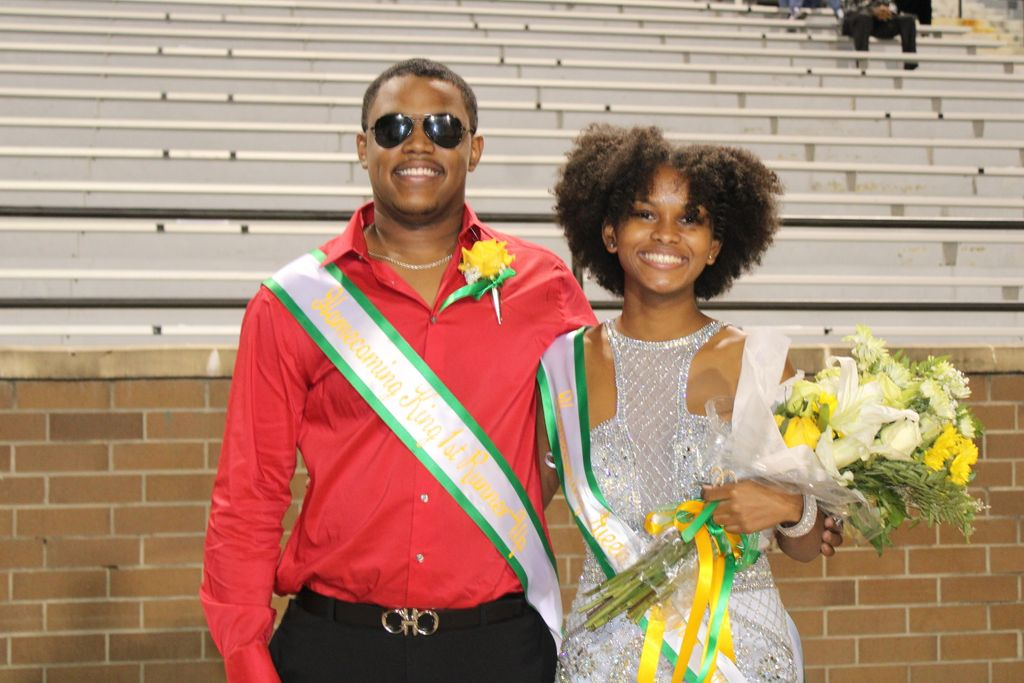 2020 Homecoming Court: Homecoming King and Queen 1st Runner-Up: Iverson Moore and Victoria Berry, Homecoming King and Queen 2nd Runner-Up Justin Tyler and Maya Taylo, Homecoming Prince and Princess: Dequandre Smith and Kelsey Sutton https://t.co/WIVxoYMDv3