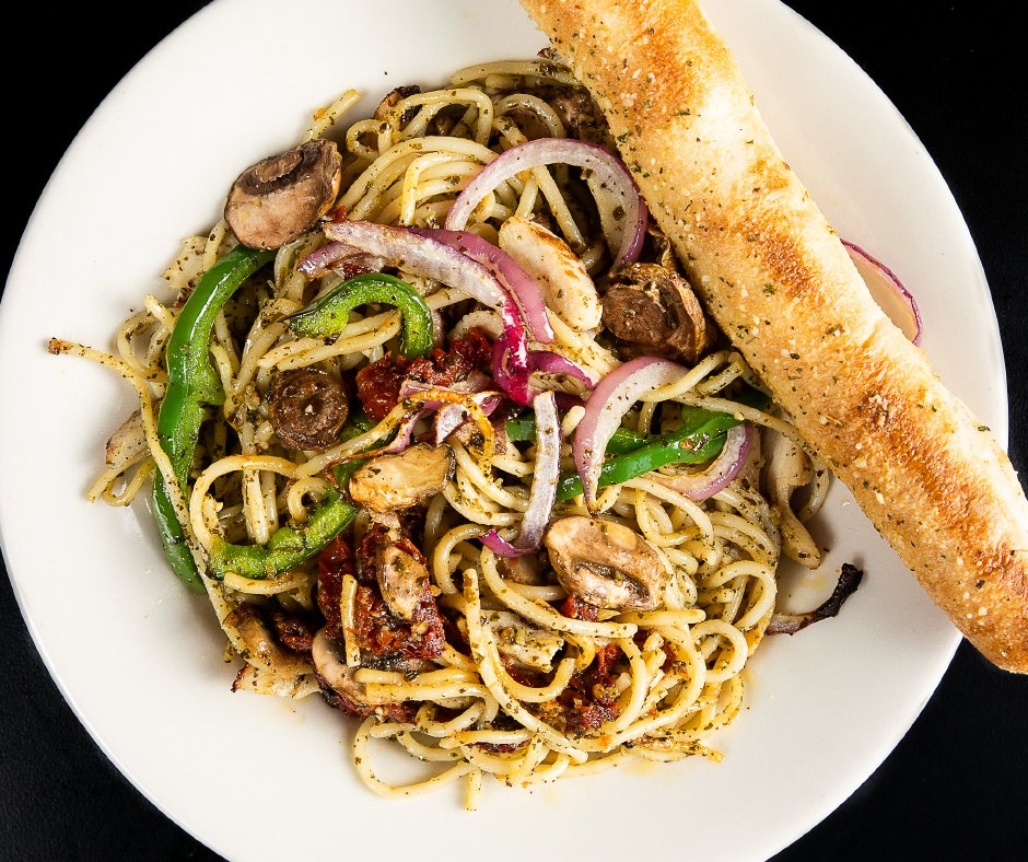 Did you know that we have:  3 types of noodles 5 different sauces AND a bevy of toppings to create your own?  The 𝙥𝙖𝙨𝙩𝙖𝙗𝙞𝙡𝙞𝙩𝙞𝙚𝙨  are endless!!!  https://t.co/E9zZ6UzVRZ  #Pasta #BuildYourOwn #MoreThanPizza #Noodles #EatLocal #LocalFood #MadMushroom #FeedYourHead https://t.co/fbKCCMEBhL