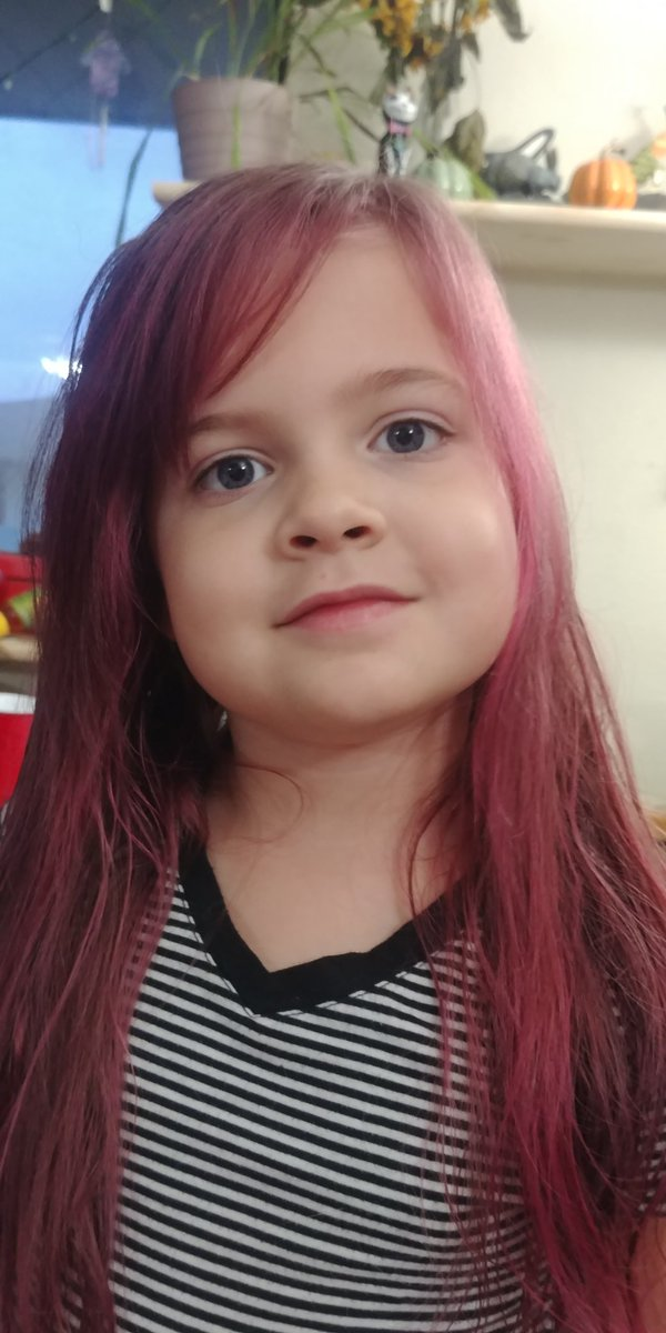 BelleBunny - Peyton requested pink hair so I used @arcticfoxcolor and gave her some cute bangs too!  She loves it!
