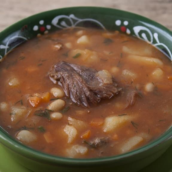 Slow Cooker Beef and Bean Soup Recipe Meaty beef chunks with beans and vegetables cooked in a slow cooker. Easy and tasty! #slowcooker #crockpot #beef #beans #dinner #homemade #soup https://t.co/MiJFCDgohU https://t.co/Bk6jpbLvKn