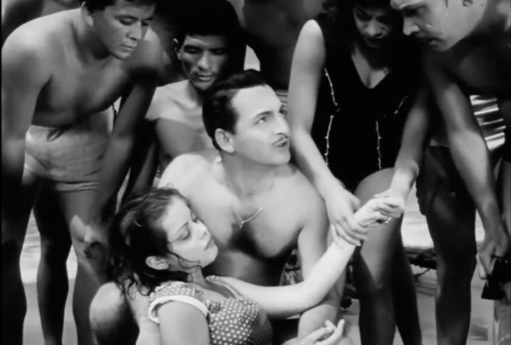 #MemoriaYSentimiento La segunda película que hace parte de la colección disponible en @cinecoplus es Mares de pasión (1961), dirigida por Manuel de la Pedrosa. Esta narra la historia de una joven que es rescatada del mar por unos bañistas, quien ha perdido la memoria. https://t.co/KW2E0p5Mh7