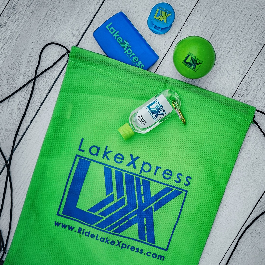 #MobilityWeek continues with customer appreciation days! Lake County Transit is giving out free goody bags at LakeXpress transfer centers today through Friday from 7am - 9am. Get yours today at the FDOT Park & Ride Transfer Center in Clermont!  View more: https://t.co/sLIqgcIiku https://t.co/RD4pH3Noiv