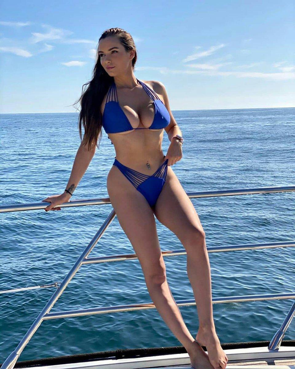 Hot Tiktok Models On Twitter Model Ig Marylynnneil