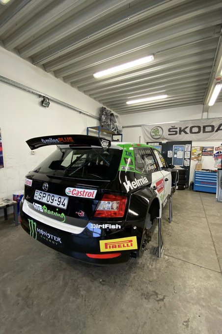 ERC: Rally Hungary [6-8 Noviembre] El1eP0HXUAEF79f?format=jpg&name=small