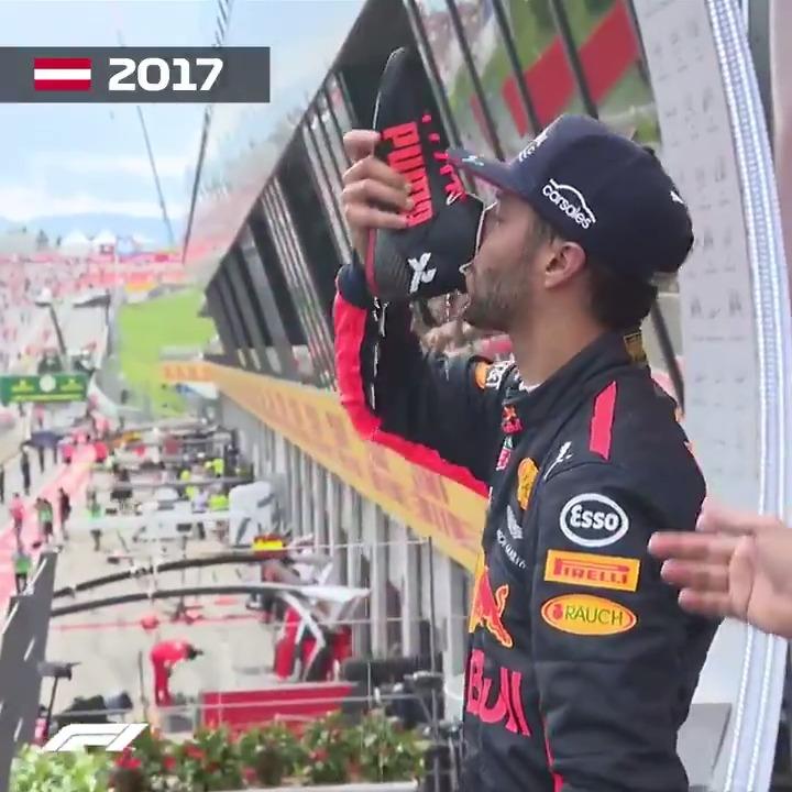 Shoey Sundays, 2016-2020 👟 🤢 😆  #ImolaGP 🇮🇹 #F1 @danielricciardo