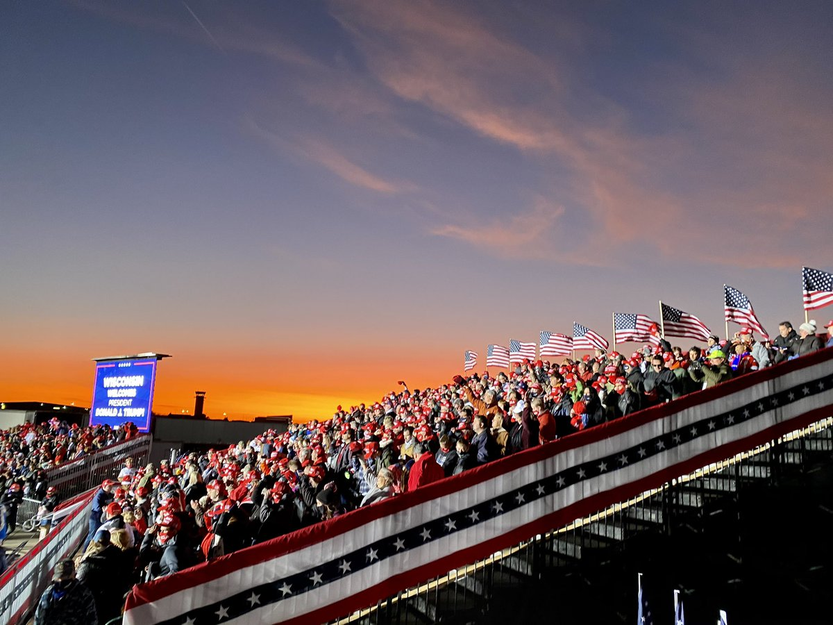 Gorgeous sunset in Kenosha as we get ready to welcome @realDonaldTrump here on this #ElectionDay eve.   #MAGA #Trump2020