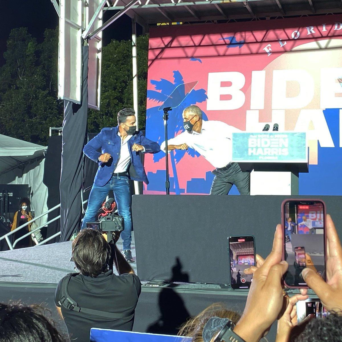 Such an honor to share the stage with a true leader @barackobama Un honor compartir escenario con un verdadero líder 🙌🏽. #Vote #BidenHarris2020