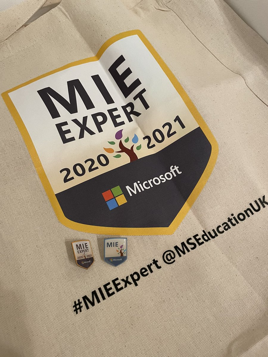 Thanks for the swag delivery, @MSEducationUK! Nice shiny, new badges! #MIEExpert