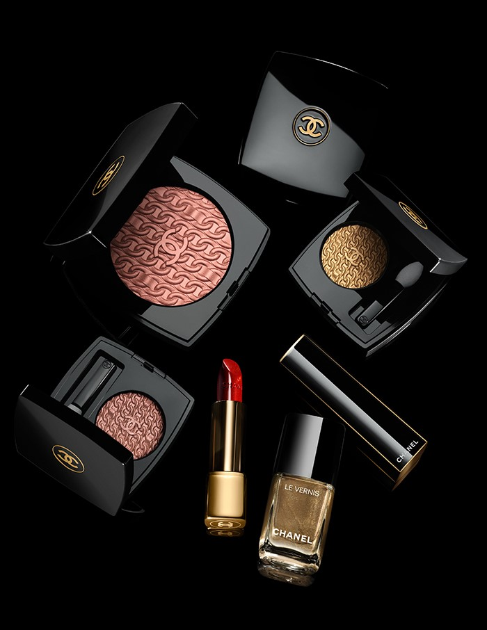 #Chanel unwraps 'Les Chaines d'Or' Holiday makeup collection -  #Beauty #ChanelBeauty #ChanelMakeup #Dutyfree #Fashion #GoldChain #TravelRetail