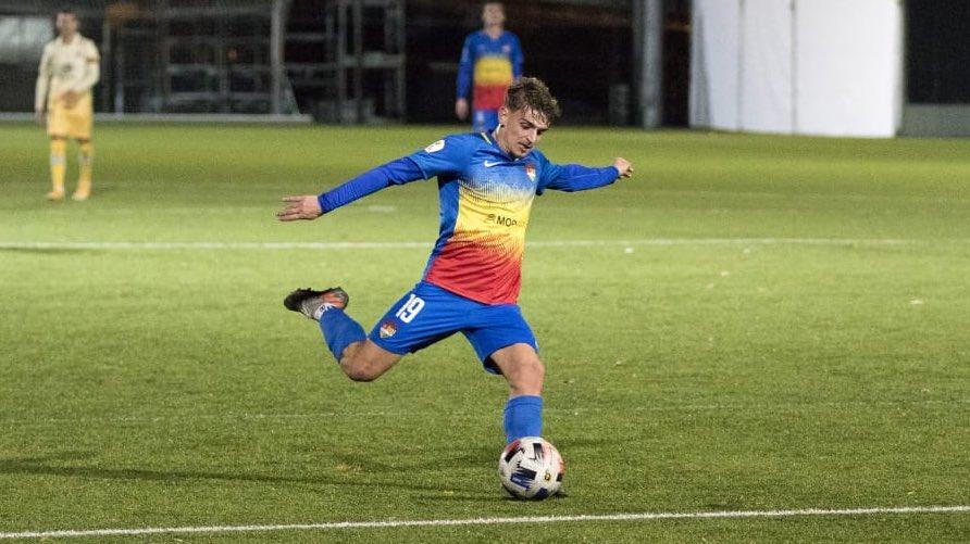🔜 #AndorraBarçaB ⚽️  🏆 Jornada 4 | #2bg3A 🆚 @FCBarcelonaB  📆 Dissabte, 7/11 ⌚️ 19.00h 🏟 Prada de Moles  📺 Esport3 📻 @SER_Andorra 📲 Minut a minut @fcandorra   #SomTricolors 🔵🟡🔴