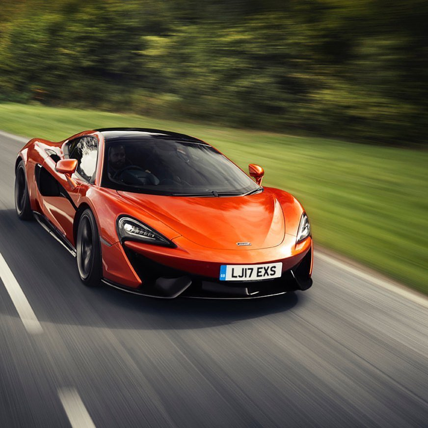 Faster than the wind #600LT #McLaren #AliAlghanimSons https://t.co/YWNNhWwcoy