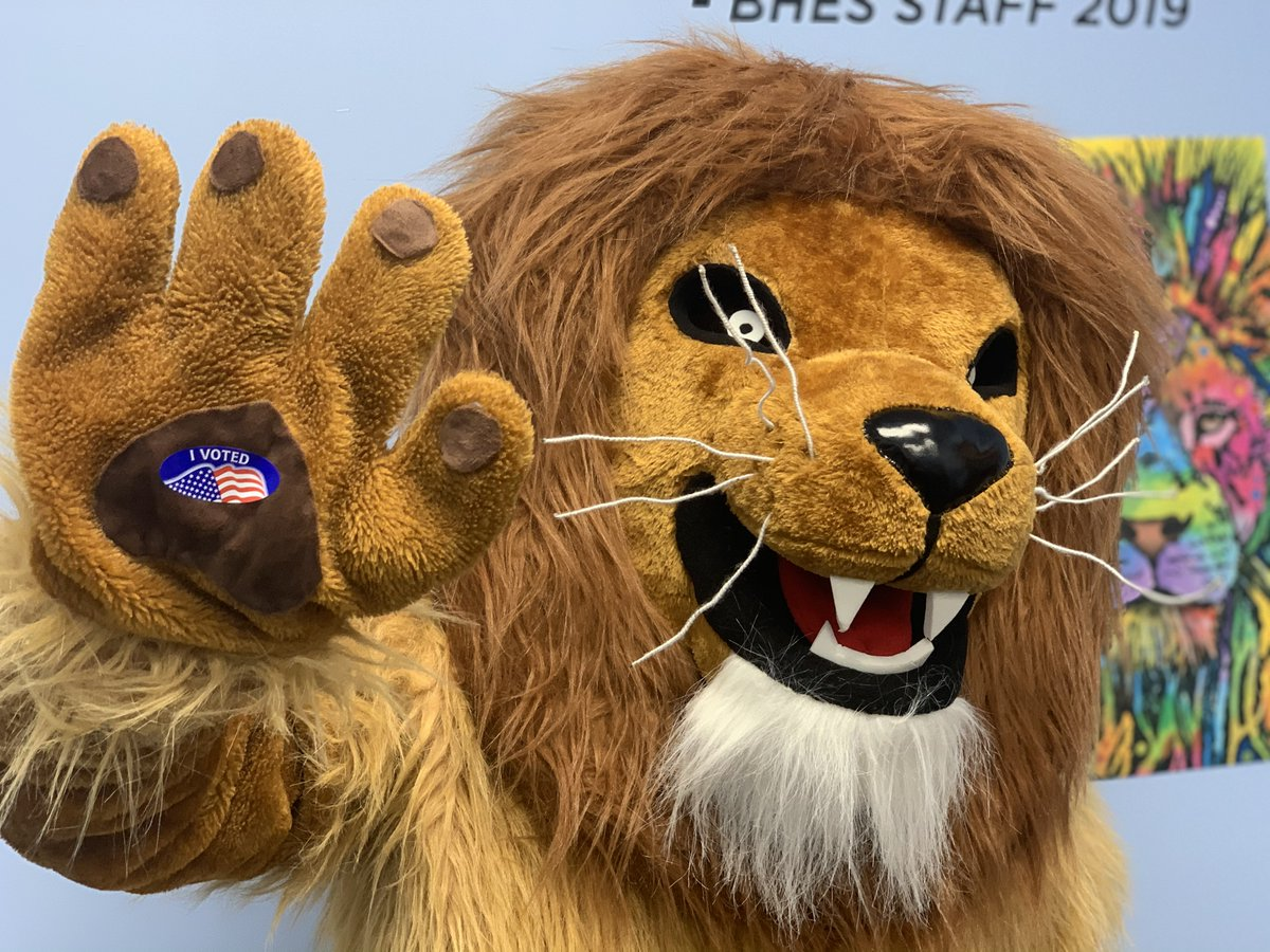 "🦁Maximus, Propel Braddock Hills Elementry School's beloved mascot, is filled with P.R.I.D.E after voting today and wants all Propel staff and families to get out to the polls. Use your ""roar"" to make a difference. Maximus voted, so can you! #MySchoolVotes #Election2020"