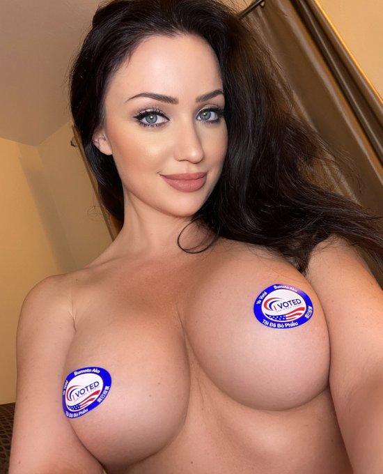 Happy Election Day USA! 🇺🇸 #America #fck #yeah https://t.co/sp1uXT3MEZ
