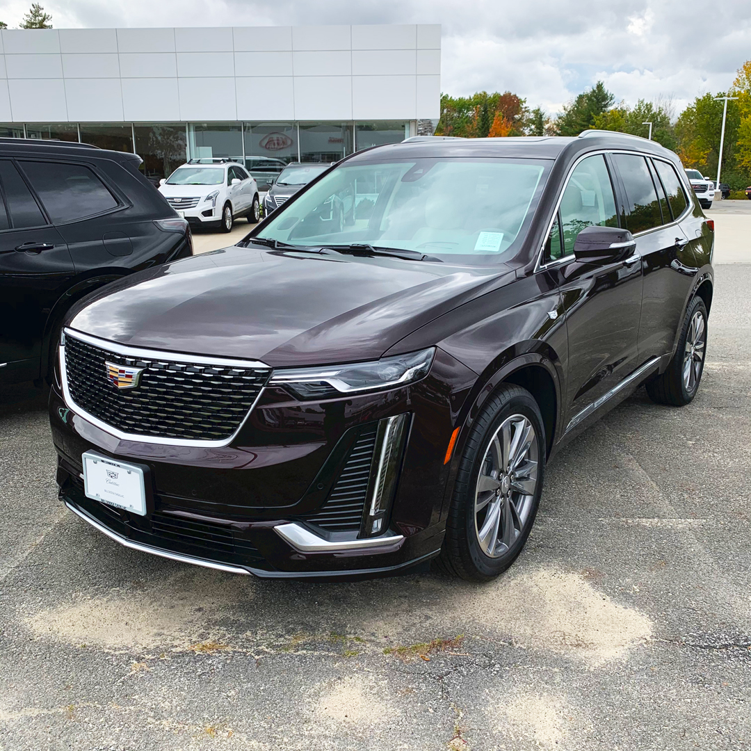 When luxury offers you a safe haven. #XT6 😍  👉 Shop our XT6 Sales ➡️   #Cadillac #MakeYourWay #luxury