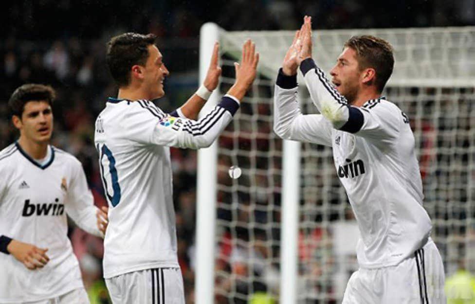 @MesutOzil1088 @SergioRamos @Benzema @ChampionsLeague 2 🐐's