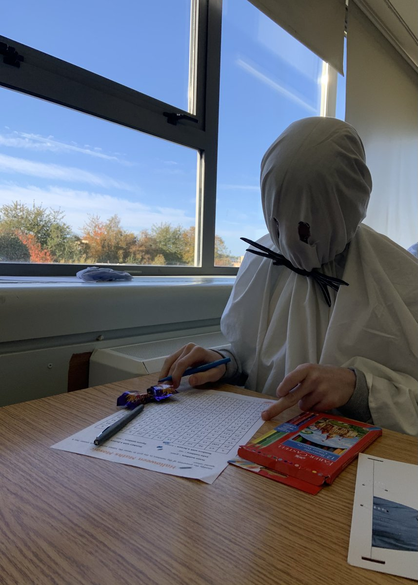 We have some interesting students in Maths today! 👻 📝  @accsirl @lecheiletrust   #FancyDressFriday #Halloween #FreakyFriday #Spooktacular https://t.co/DpbBiz00vu