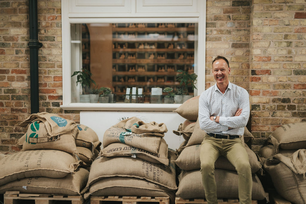 Since 1902 one Lincolnshire business has been going the distance when it comes to bringing us the very best from the tea and coffee industry. So, let's raise a cuppa to Stokes of Lincoln this UK Coffee Week. Read all about our history over on the blog https://t.co/eZHoKlgHP0 https://t.co/r9Zvq6dkJi
