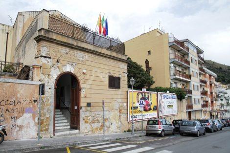 Covid19, docente positivo in una scuola di Monreale, scatta la sanificazione - https://t.co/Oq7Q9jhjdR #blogsicilianotizie